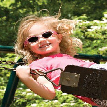 girl wearing real kids shades