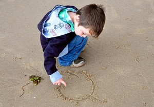 5 Fun Beach Activities To Do with the Kids