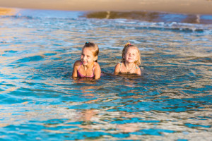 Top Beach Safety Tips for the Family & Kids